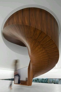 Beautiful Modern Stair Design – Wood Texture